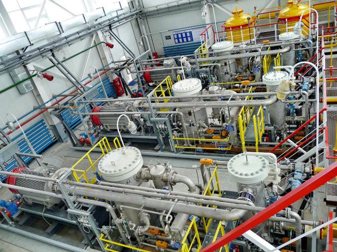 Дожимные компрессорные установки ангарного типа от компании ЭНЕРГАЗ снабжают попутным газом турбины ГТЭС Талаканского месторождения Якутия